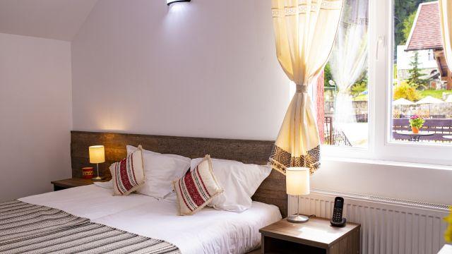 Hotel Floare de Colț
